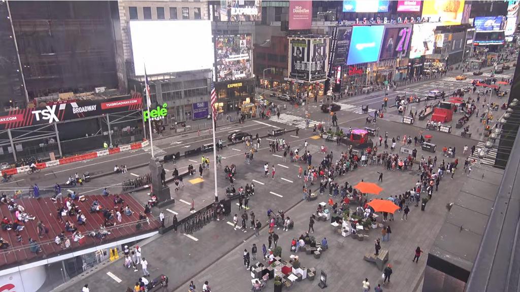ニューヨークの状況をライブカメラで確認する!