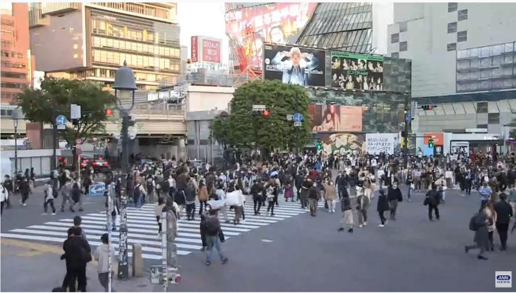 東京中心部の人出をライブカメラで確認する!